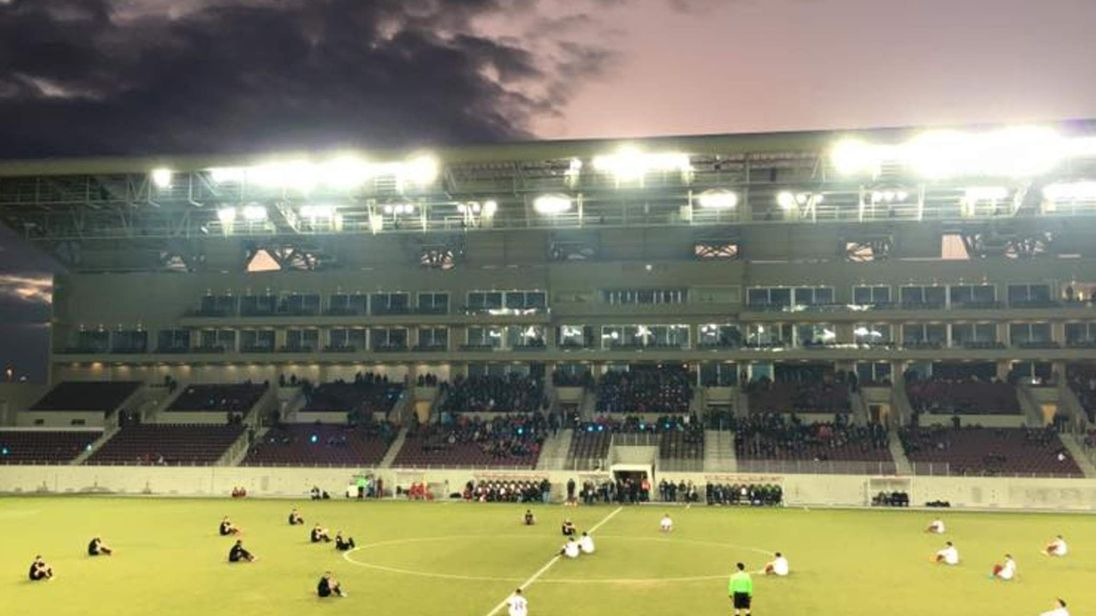 The sit-down protest took place before the game between AEL Larissa and Acharnaikos in Greece's second-tier.