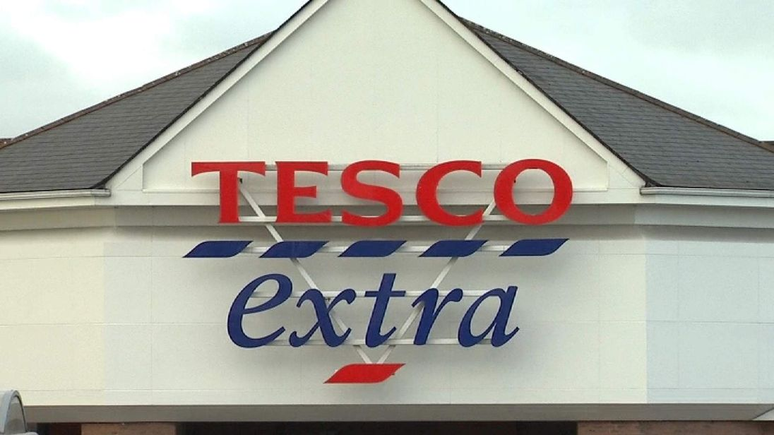 Tesco Extra Store Front