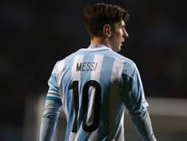 Argentina's Lionel Messi pauses during the Copa America 2015 quarter-finals soccer match against Colombia at Estadio Sausalito in Vina del Mar