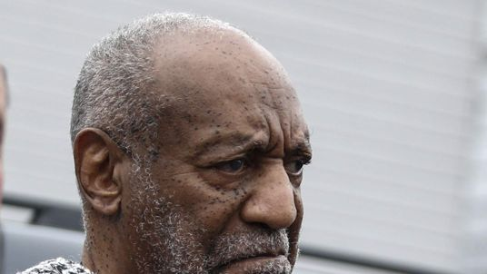 Bill Cosby arrives at court
