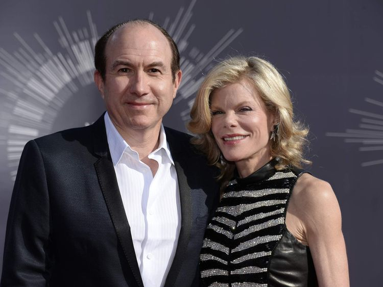 Philippe Dauman and Debbie Dauman arrive at the 2014 MTV Music Video Awards in Inglewood