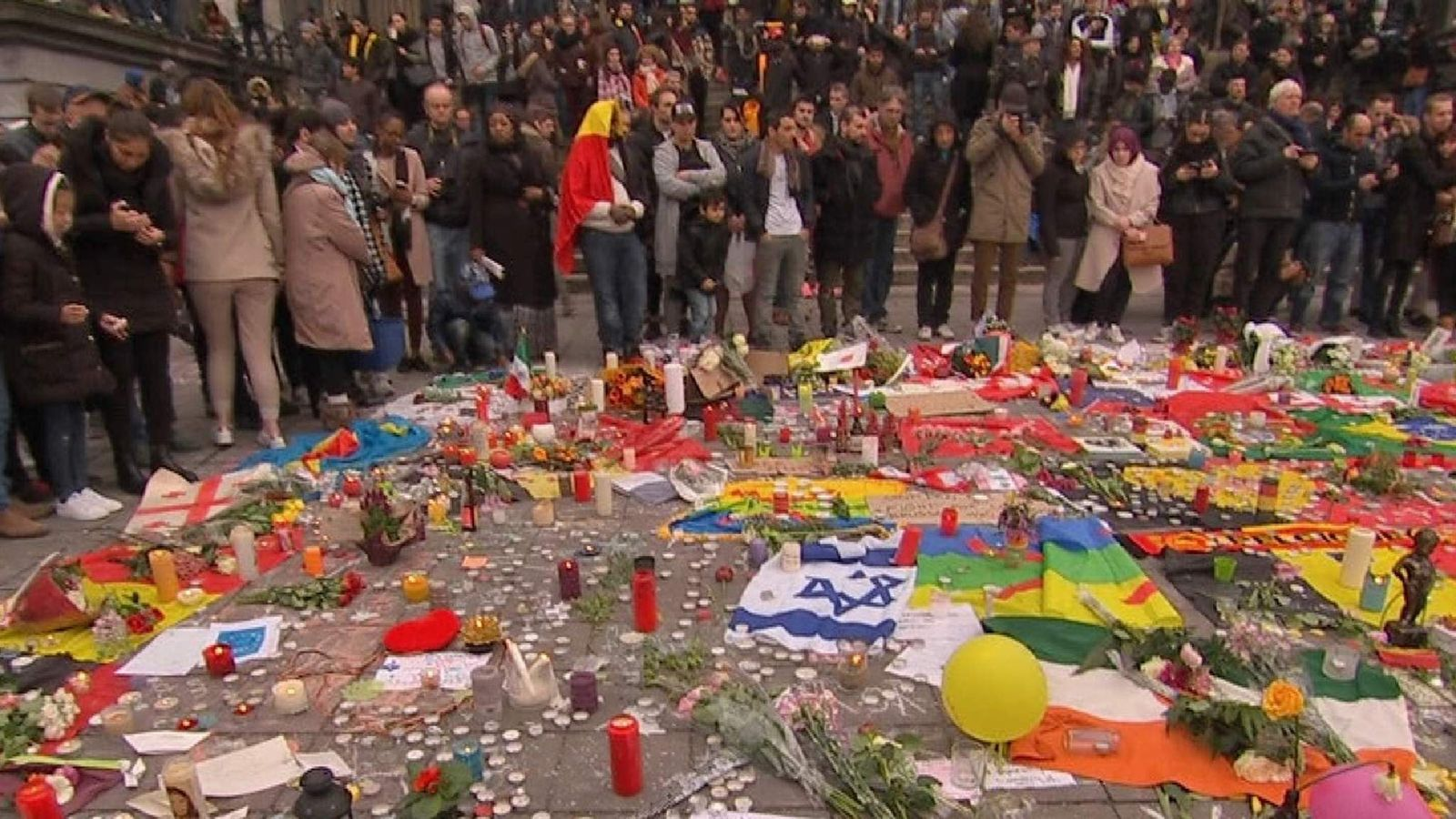 People in Brussels mourn those lost in attacks on the airport and metro station