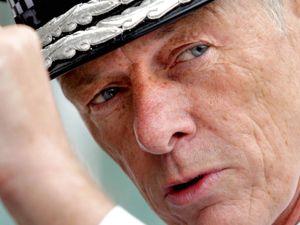 Metropolitan Police Commissioner Sir Bernard Hogan-Howe to retire