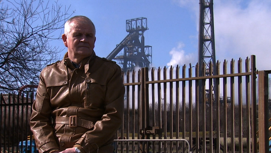 Gary Keogh screengrab steel worker