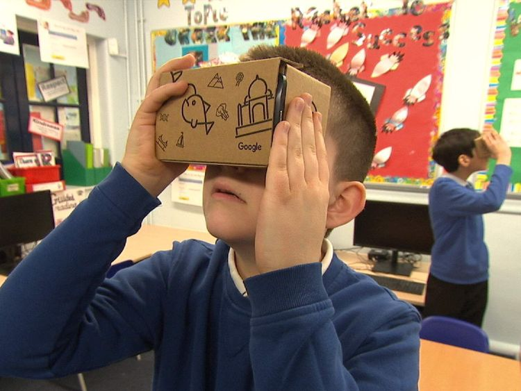 SWIPE Virtual reality in schools pupil with Google Cardboard
