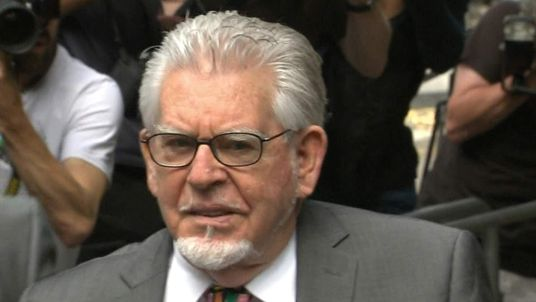 Rolf Harris arrives at Southwark Crown Court for sentencing