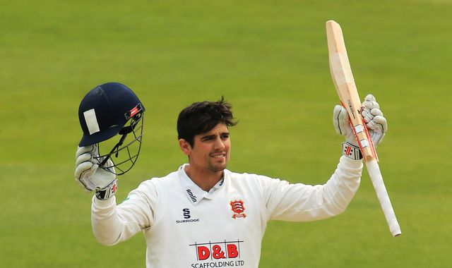 Cook extends Essex contract until 2018