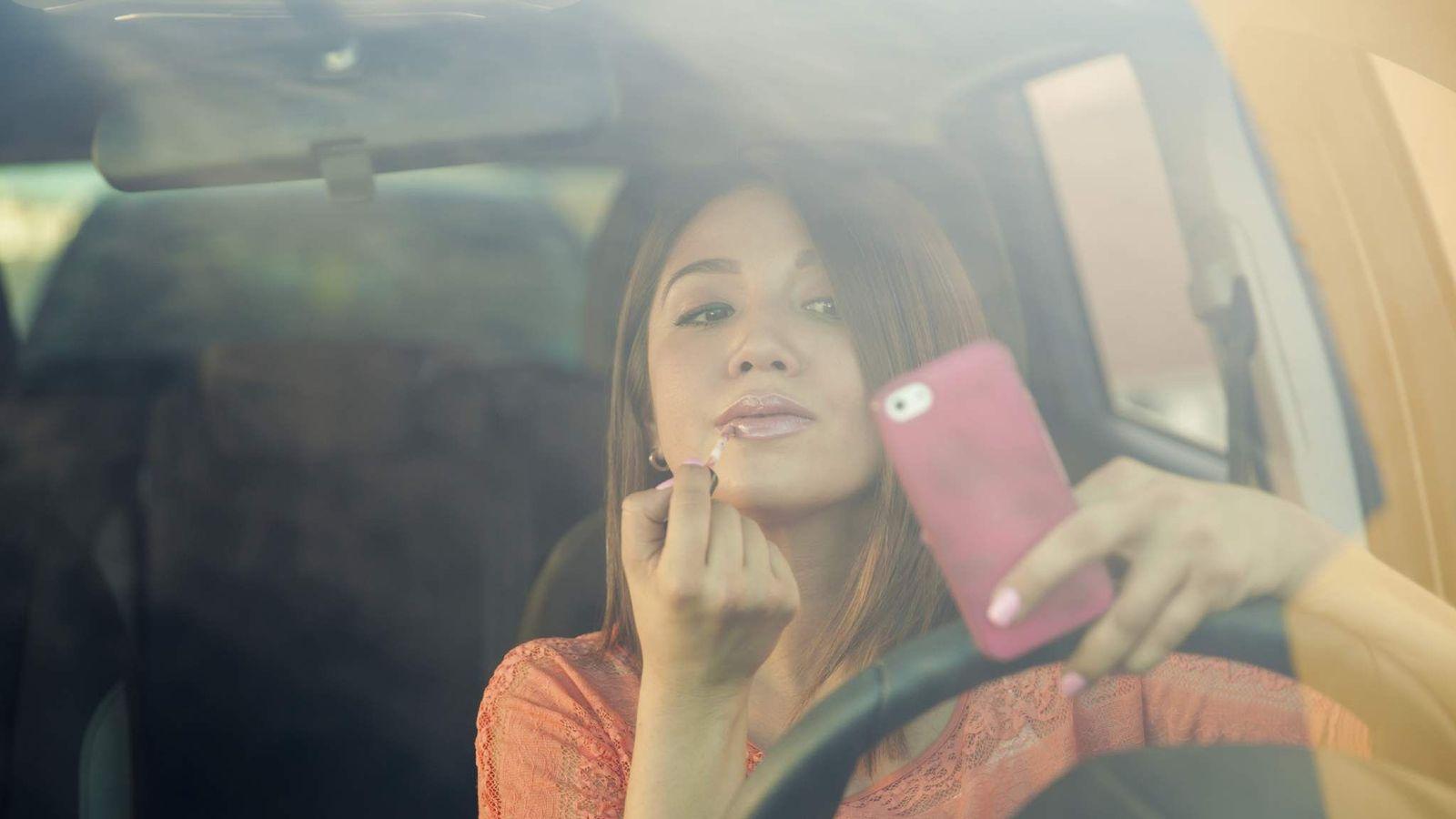 Фото девушка за рулем приколы