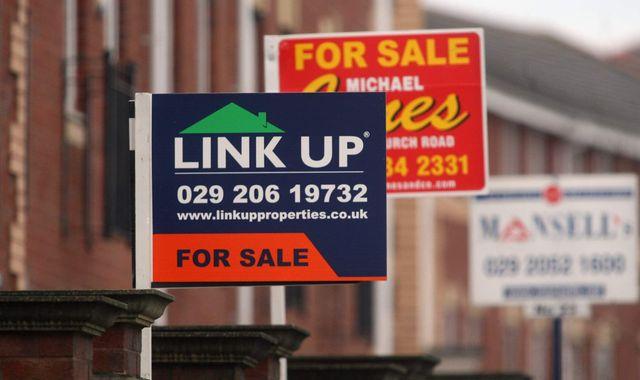 Weakening tax receipts hurt public finances in September