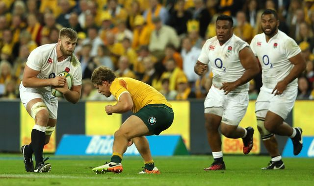England forward Kruis out due to ankle surgery
