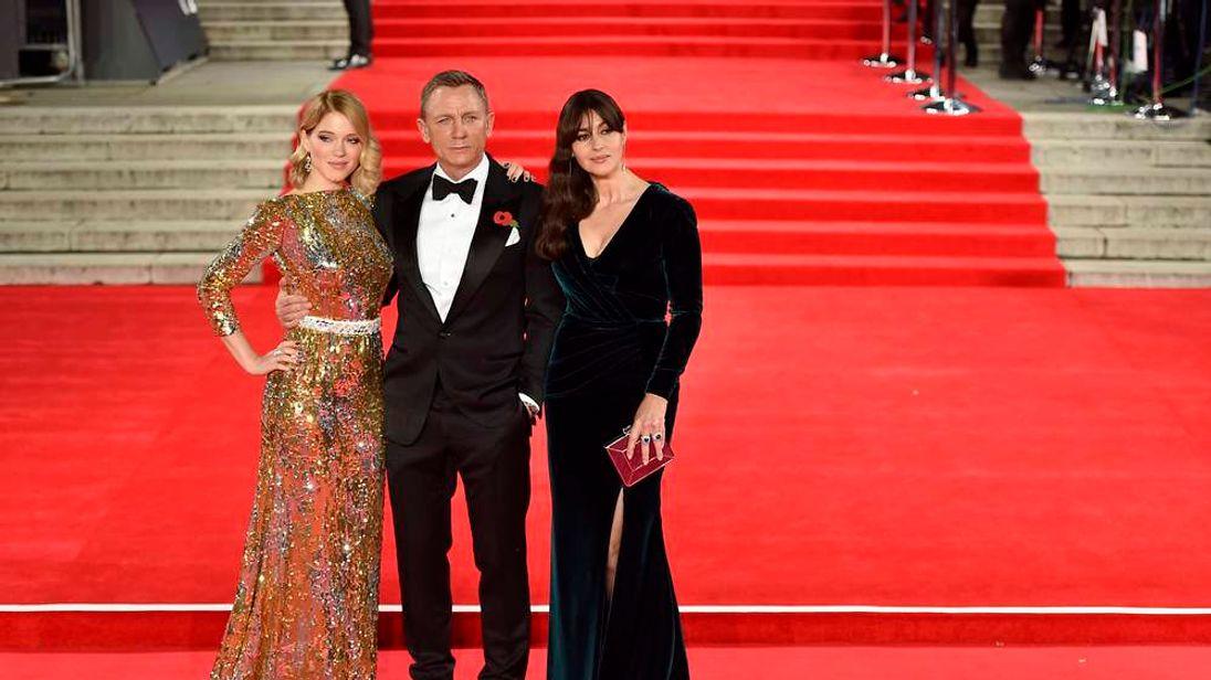 Bond Cast At World Premiere Of Spectre Movie