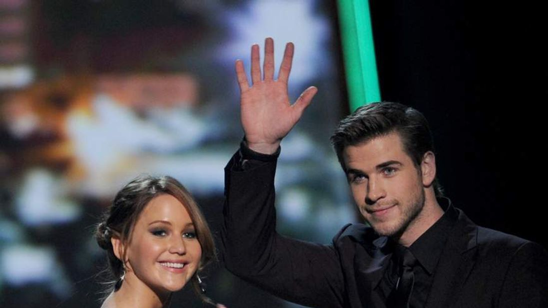 Jennifer Lawrence and Liam Hemsworth at People's Choice Awards