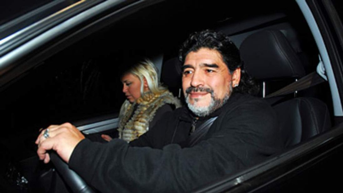 Diego Maradona and his girlfriend Veronica Ojeda in Buenos Aires