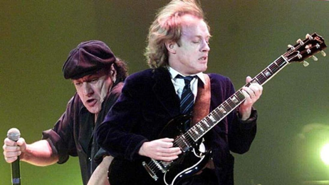 AC/DC agree digital download deal