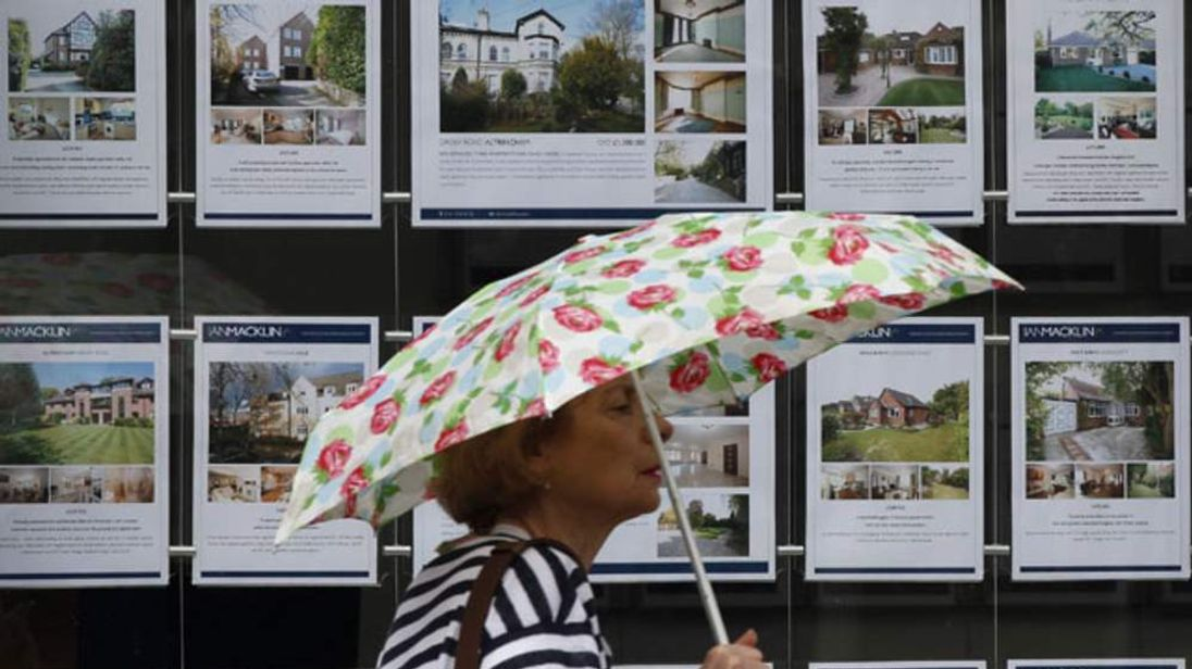 Mortgage lending has Mortgage lending has remained flat in early 2012, but up on the same period last yearflat in early 2012