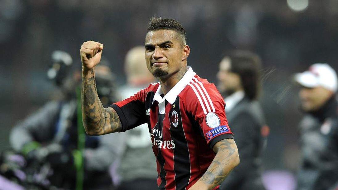 AC Milan v Barcelona - UEFA Champions League Round of 16