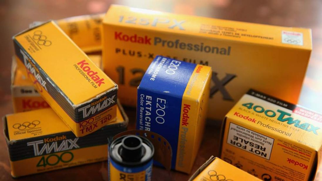 Kodak Agrees To Sell Camera And Film Division