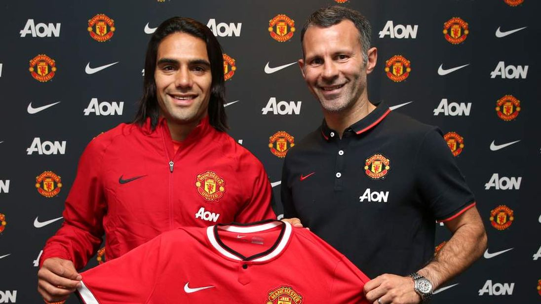 Radamel Falcao with Ryan Giggs at Manchester United
