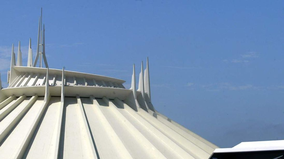 Disneyland's Re-Launch Of Space Mountain