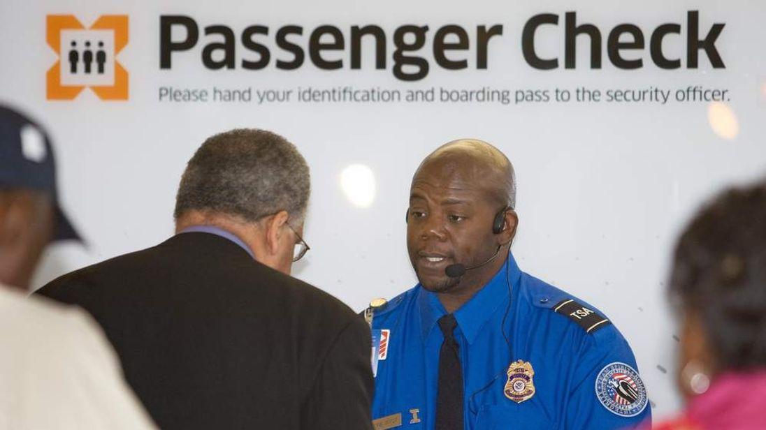 US Flight Security Checks