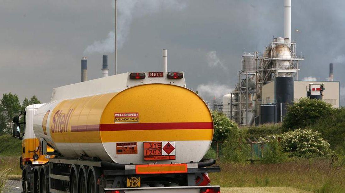 FUEL shell oil tanker