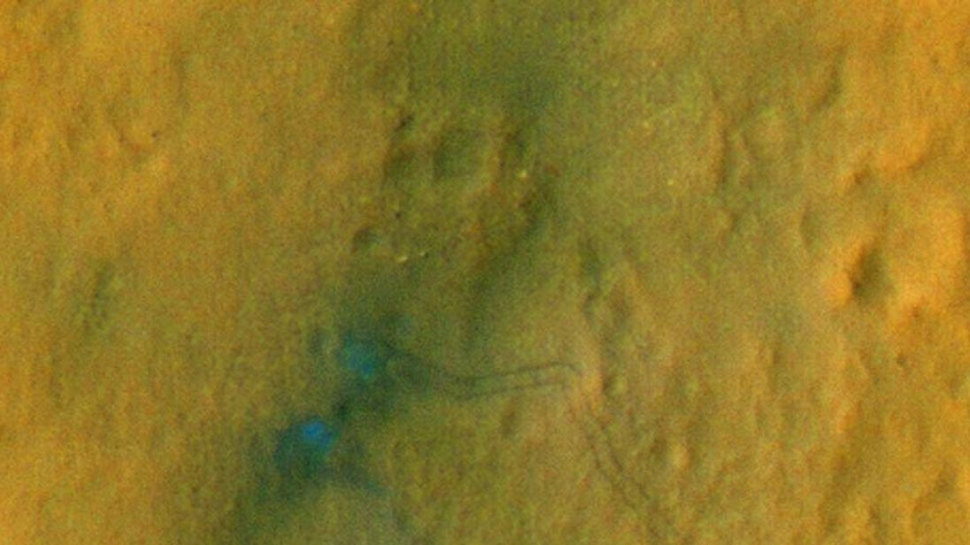 Satellite Images Show Tracks Left By Mars Rover Curiosity
