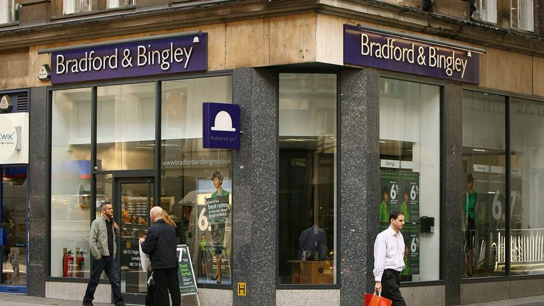 Abbey National In Acquisition Deal With Bradford & Bingley