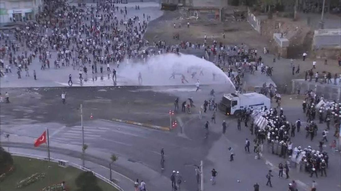 Clashes in Istanbul, Taksim Square