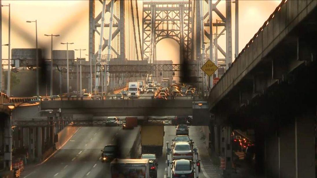 Traffic jams on New York's George Washington Bridge