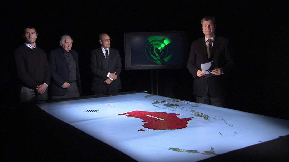 Sky's Senior Correspondent David Bowden talks to three experts about the hunt for flight MH370.