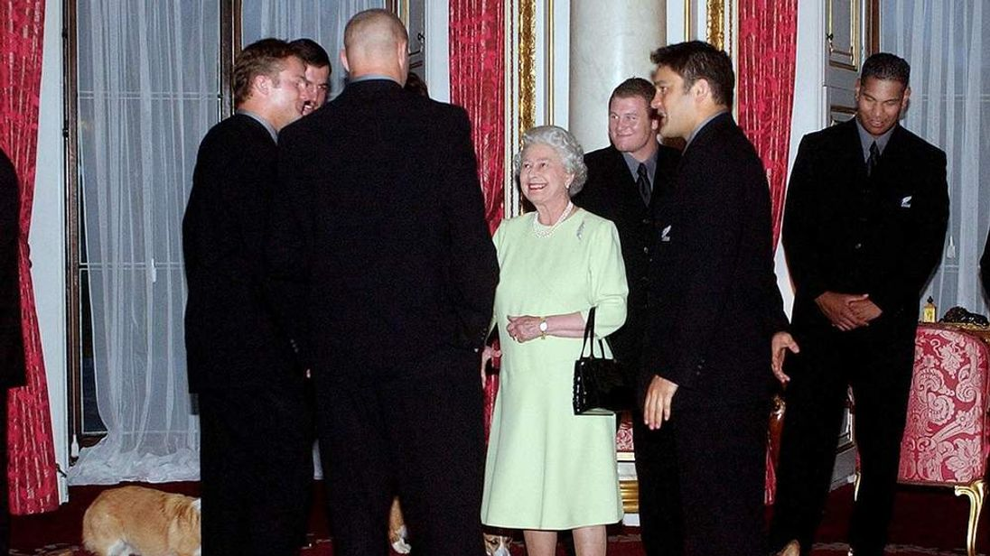 The Queen meets the All Blacks