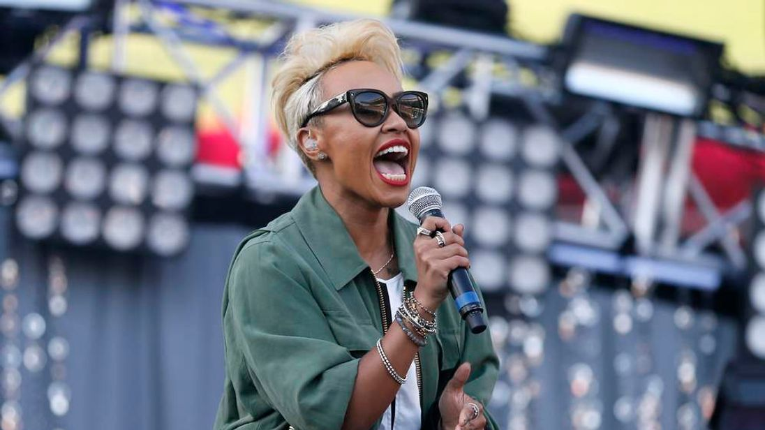 Emeli Sande performs at the 2013 Wango Tango concert in California.