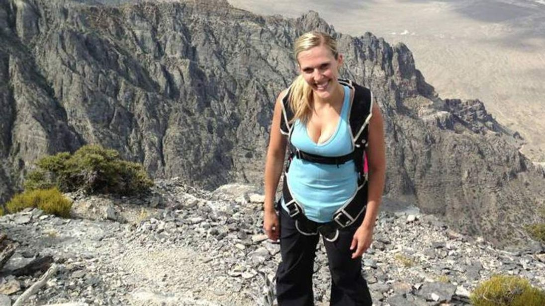 Amber Bellows died in a base jump in Utah. (Picture: Facebook)