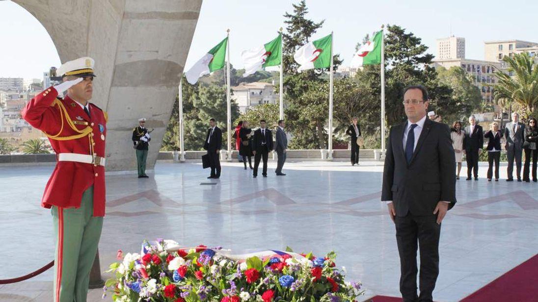 Francois Hollande in Algeria