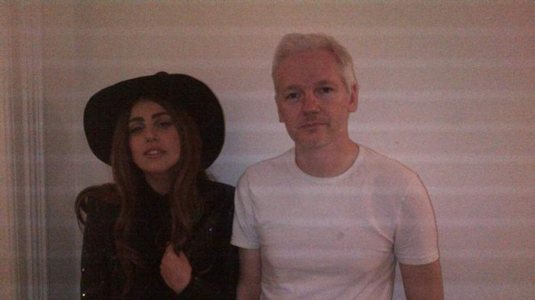 Lady Gaga visited Julian Assange at the Ecuadorian Embassy in London