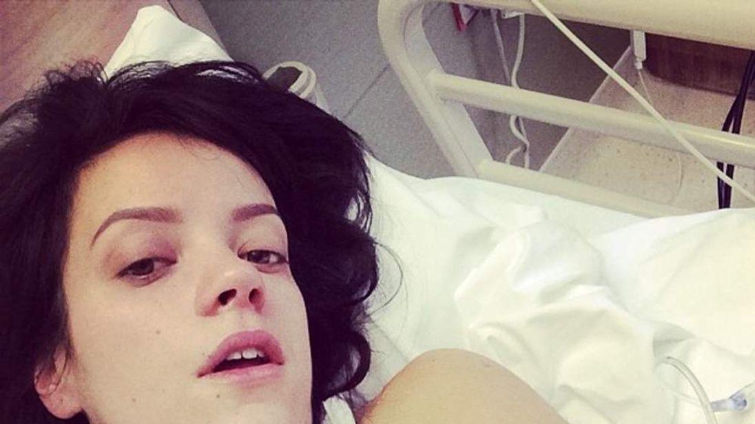 Lily Allen in hospital