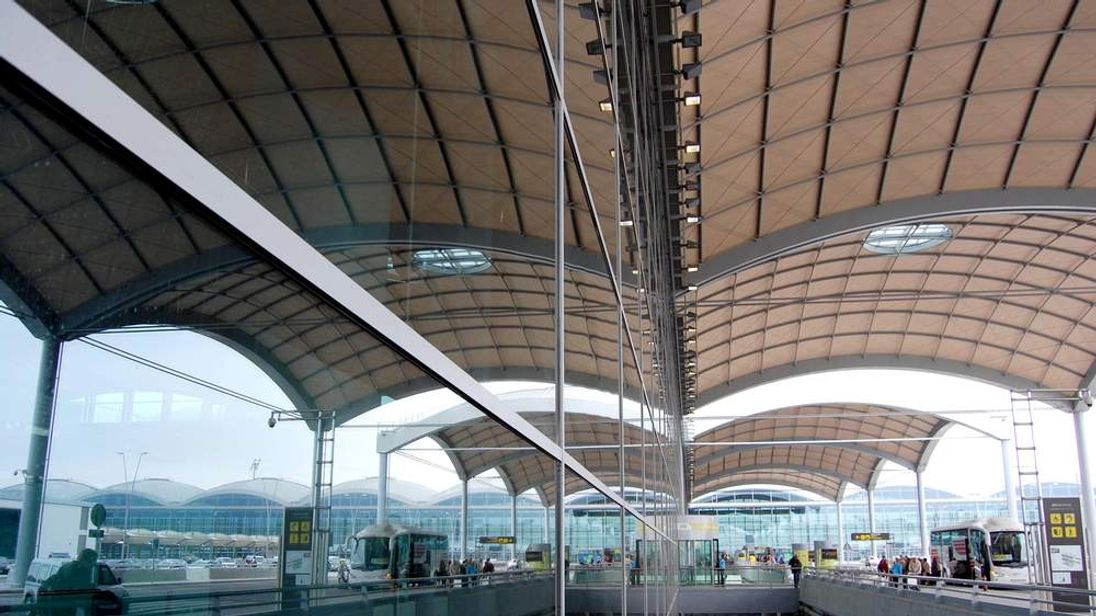 Alicante Airport, photo courtesy of Flickr user Red Spike