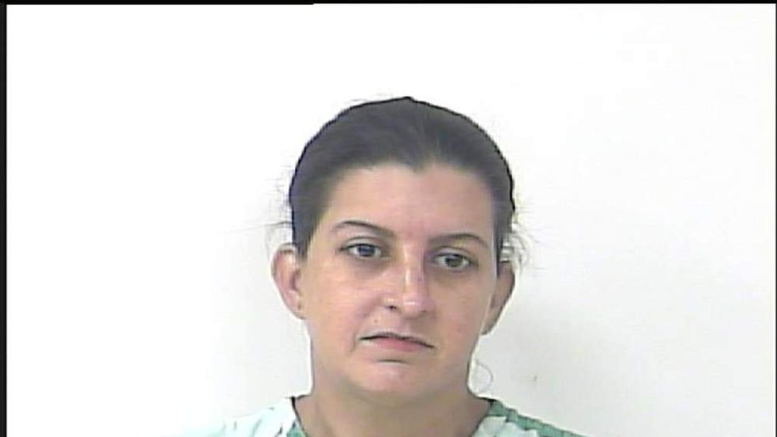 Nicole Gainey (police booking photo)