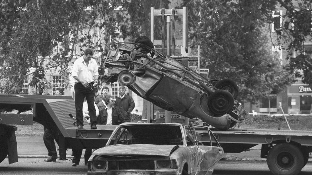Politics - IRA Hyde Park Bombing - London