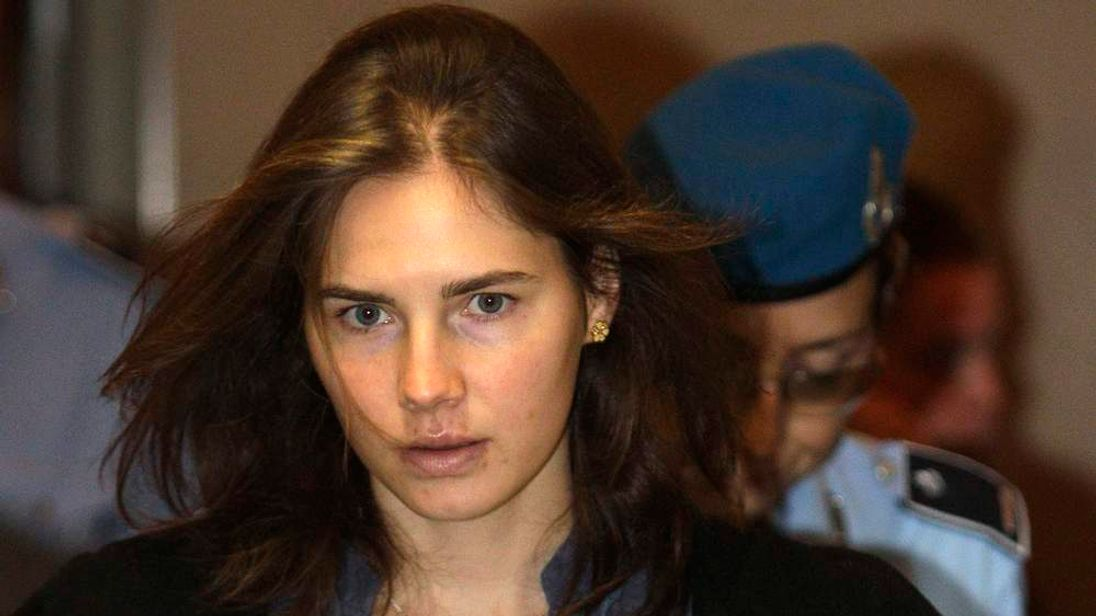 Knox, the U.S. student convicted of murdering her British flatmate in Italy in November 2007, arrives at the court during her appeal trial session in Perugia