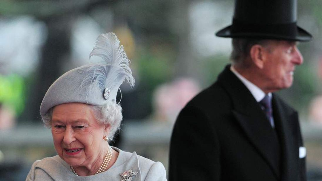 Britain's Queen Elizabeth and her husband Prince Philip wait for the arrival of Kuwait's Emir Sheikh Sabah al-Ahmad al-Sabah, who is in Britain for a state visit, at Windsor Castle in Windsor