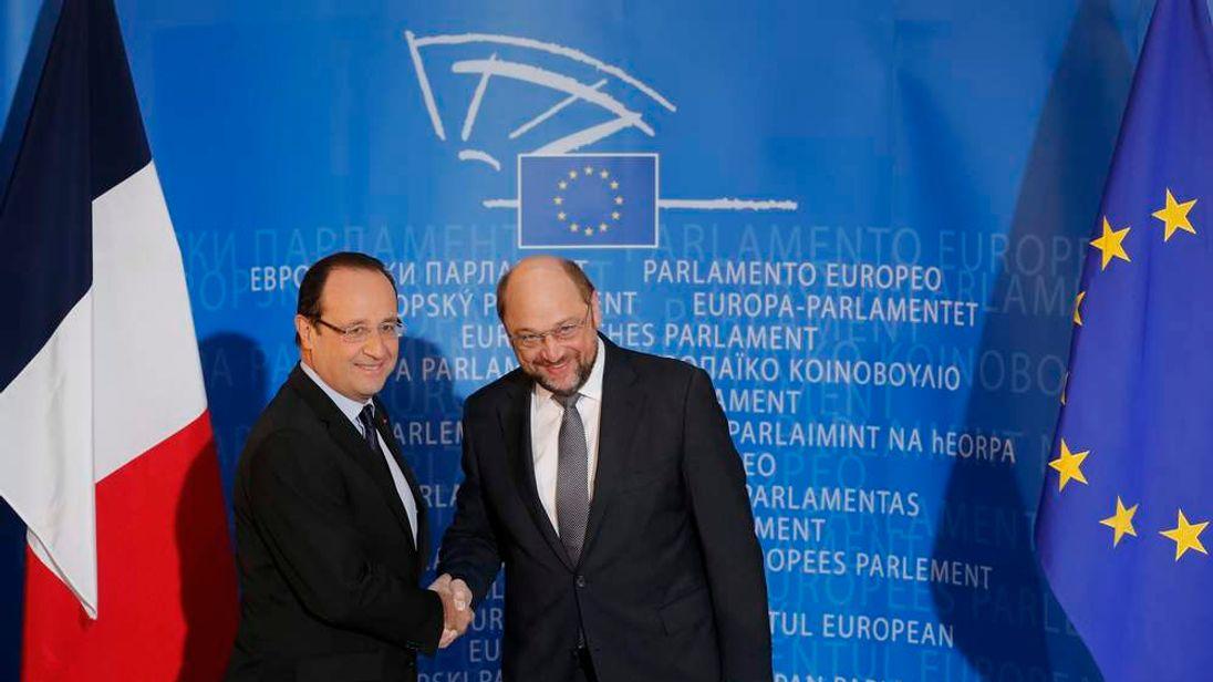 Francois Hollande and European Parliament President Schulz