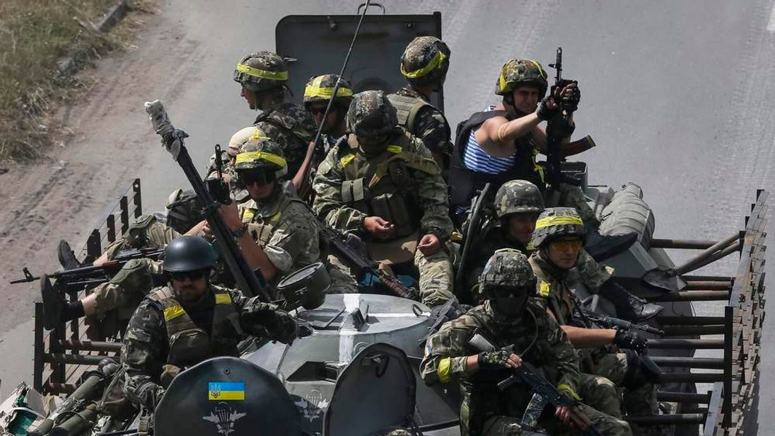 Ukrainian troops are pictured in the eastern Ukrainian town of Kramatorsk