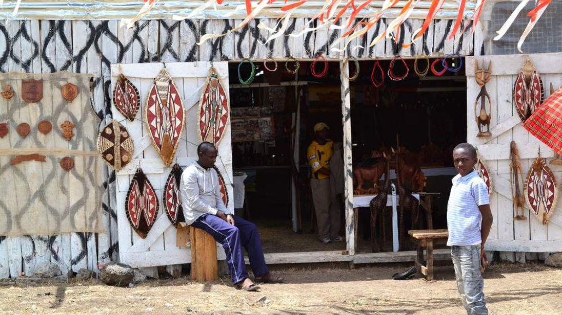 Shop in Kenya's Nanyuki selling gifts to British troops