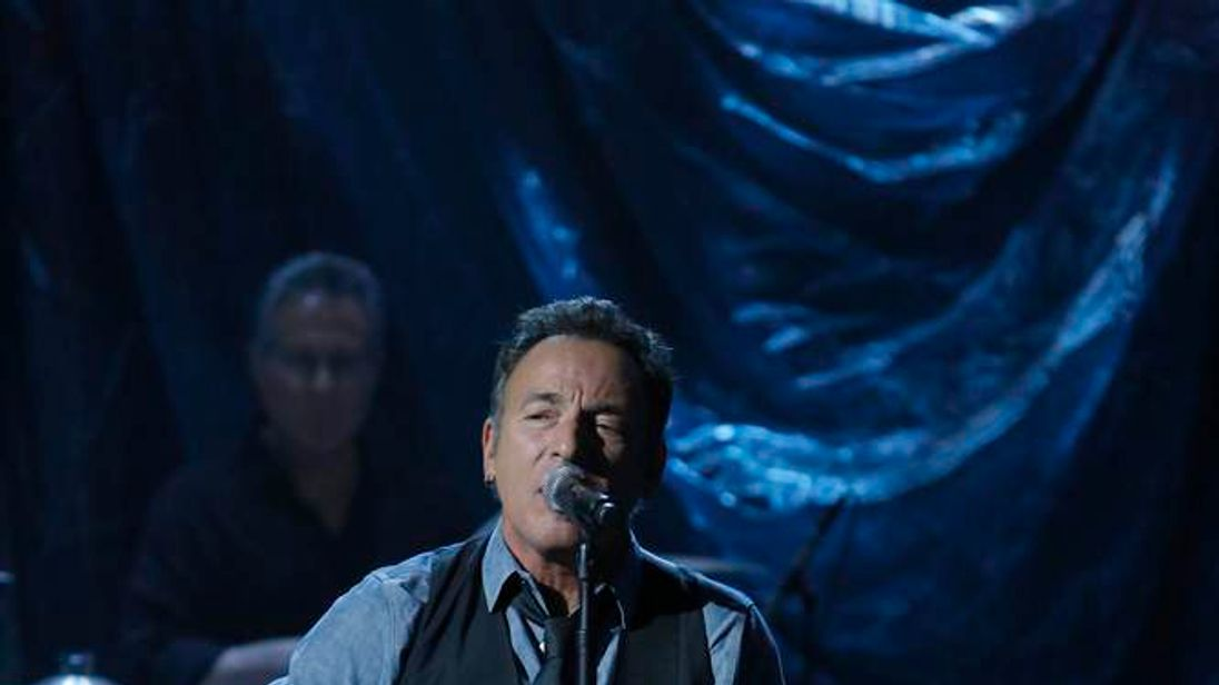 Bruce Springsteen joins Sandy charity concert