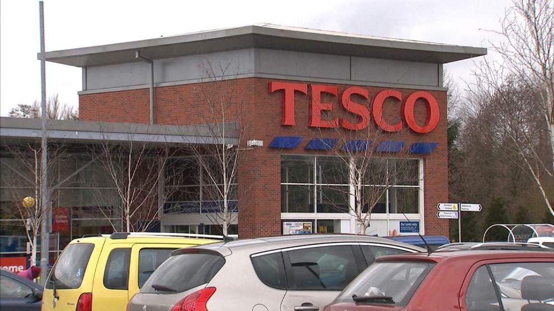 Tesco To Axe Thousands Of Head Office Jobs
