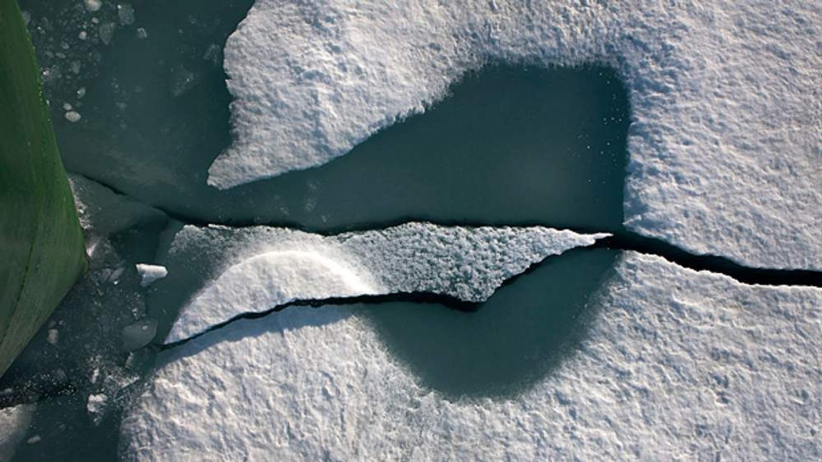 pg-greenpeace-glaciers-8