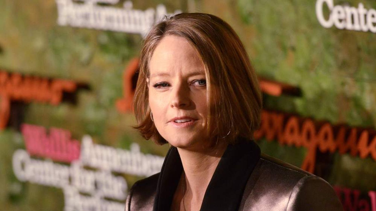 Actress Jodie Foster arrives at the Wallis Annenberg Center