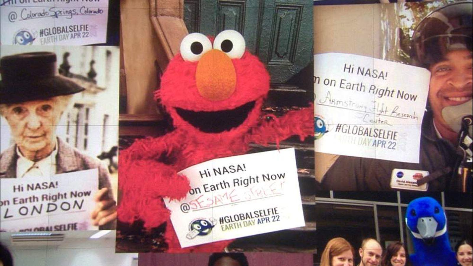 230414 SUNRISE NASA SELFIES WALL