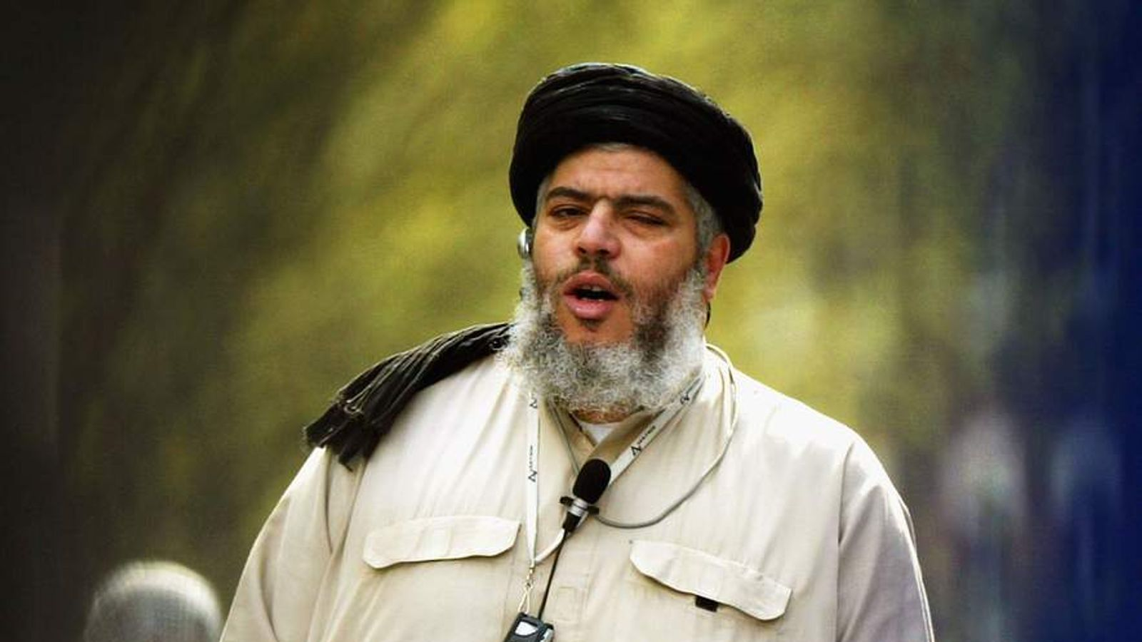 Radical Cleric Abu Hamza Preaching